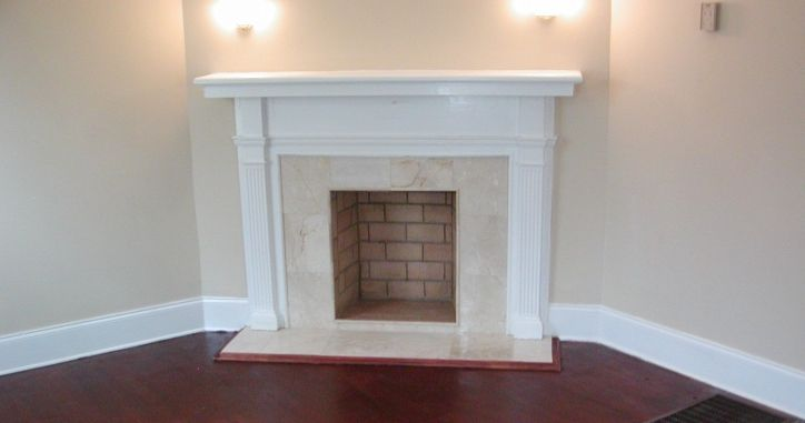 Камин мраморный. Камин из мрамора Crema Marfil. Marble Fireplace. http://www.jet-stone.ru/izdelija/zakazat-kaminy-iz-mramora-mramornye-kaminy-na-zakaz