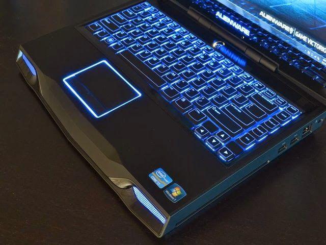 Harga dan Specs Laptop Baru Alienware M17XR4 (edisi serem) - Laptopbaru.com