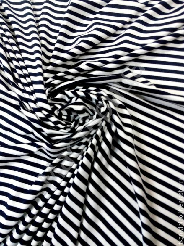 Купить Трикотаж в полоску - белый, черный, синяя полоска, ткань в полоску, трикотаж в полоску
