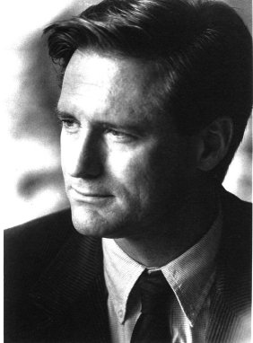 Bill Pullman the actor with a wince in his eye when he talks. Down to Earth, gentle and family man like in many  parts and roles he's played throughout his career