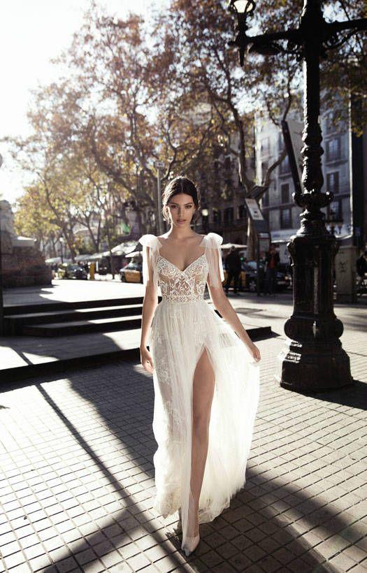 Hollywood Slit Wedding Dress | Gali Karten 2017 Haute Couture Bridal | ElegantWe…