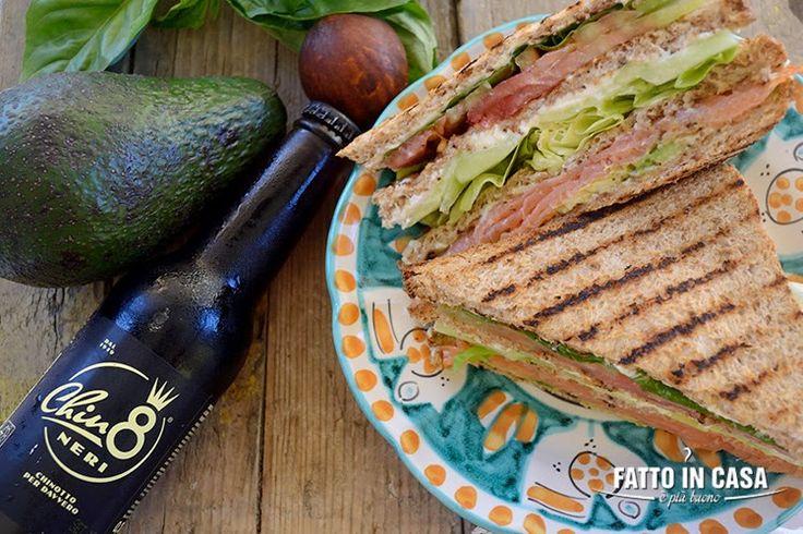 Vi va un Club Sandwich al Salmone Affumicato?? Fatto in casa è più buono