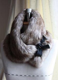 Tour de cou plus chaud, en fausse fourrure écharpe, collier, lapin Beige