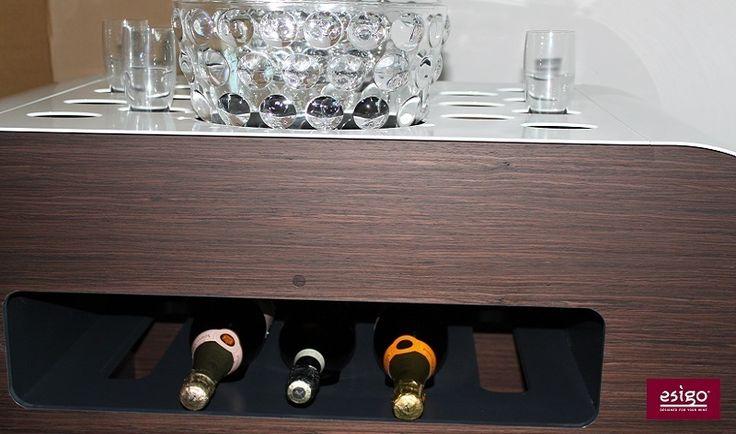 Carrello #portabottiglie #vino Esigo Versione Bianco & Wengè - Esigo's #wine trolley for #wine service and #degustation  White & Wengè Version