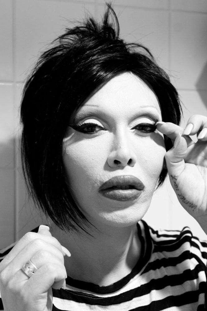 Pete Burns 25+ best ideas ...