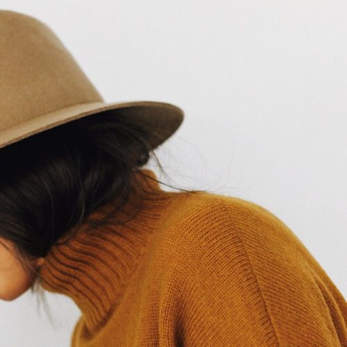 @absolutebela roll neck jumper, orange, hat, brown hair, outfit inspo