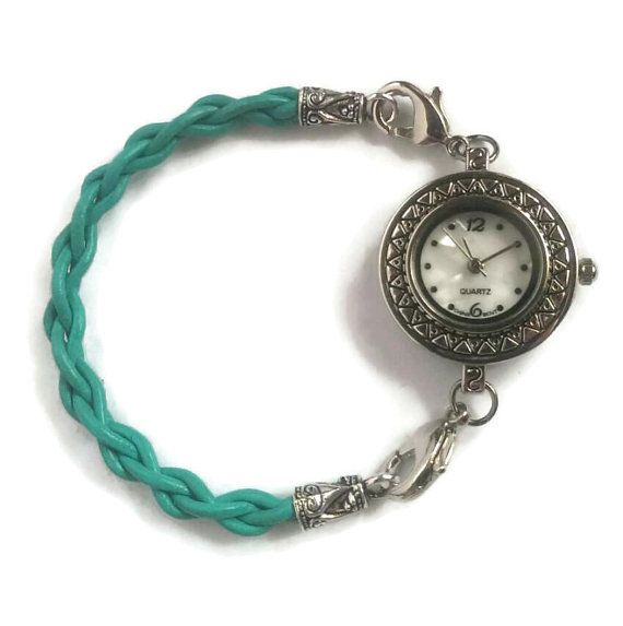 This beautiful turquoise woman's watch is the PERFECT minimalist bracelet watch! Simple but stylish!