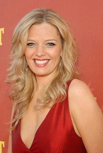 "Melissa Peterman Born: July 1, 1971 in Minneapolis, Minnesota, USA Height: 5' 10"" (1.78 m)"