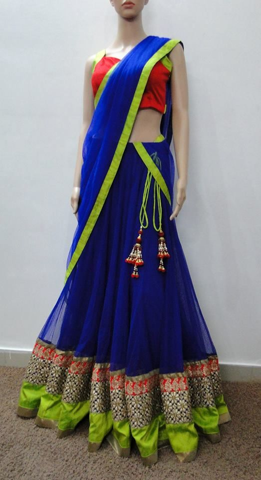 ROYAL BLUE LAHANGA MADE BY ORDER ONLY.... PRICE : RS 12500 CALL/WHATSAPP : 09425052960 https://www.facebook.com/StyleMee/photos/a.353815694702961.85020.352223348195529/566337166784145/?type=3&theater