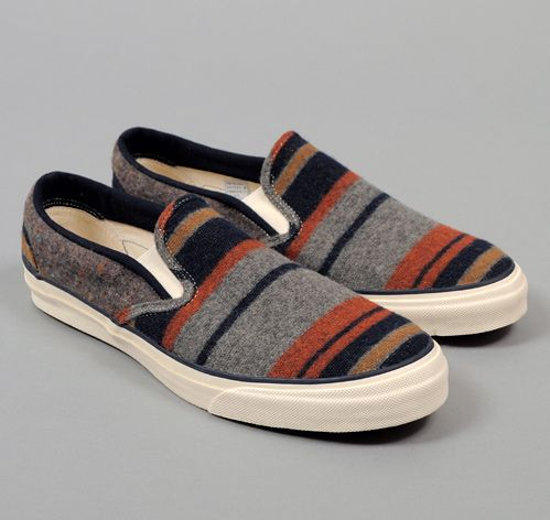 TH-S & CO. SLIP-ON SNEAKERS, BLANKET LINING STRIPE FABRIC, GREY / NAVY / RUST / TAN :: HICKOREE'S