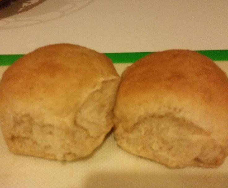 Recipe Yummy Spelt Bread Rolls ( variation of Best Ever Spelt Bread ) by vanduinb - Recipe of category Breads & rolls