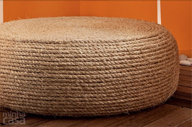 DIY Tire Cat Scratcher - petdiys.com