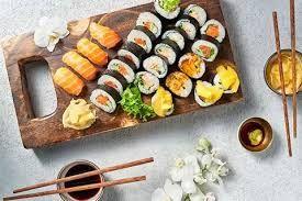 Znalezione obrazy dla zapytania sushi