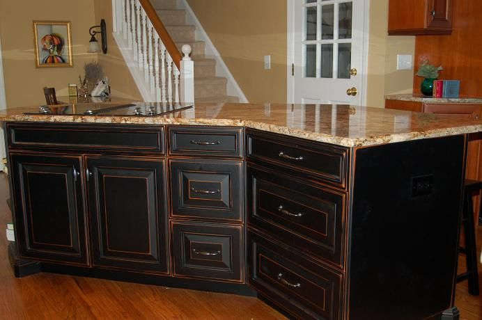 Black Distressed Kitchen Cabinets.... I think this will look great with the colors I've picked.  Looking for the best way to achieve this look..