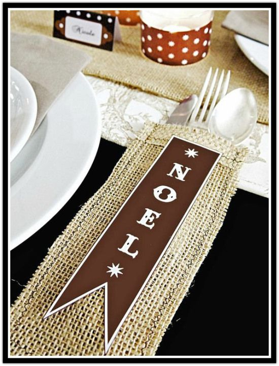 Visit design-magnifique.com: Beach Christmas, Place Setting, Table Setting, Holiday Table, Newport Beach, Christmas Decor, Christmas Ideas, Christmas Table