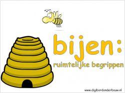 *▶ In deze digibordles zie je steeds een bij en een bijenkorf. De vraag is steeds: welke positie heeft de bij ten opzichte van de bijenkorf. De volgende begrippen komen aan de orde: boven, onder, naast, achter, voor, tussen, rechts, links, in, uit, schuin omhoog, schuin omlaag, rechts boven, rechts beneden, links boven, links beneden, naar de en weg van de bijenkorf. http://digibordonderbouw.nl/index.php/rekenen1/rekenbegrippen/viewcategory/395