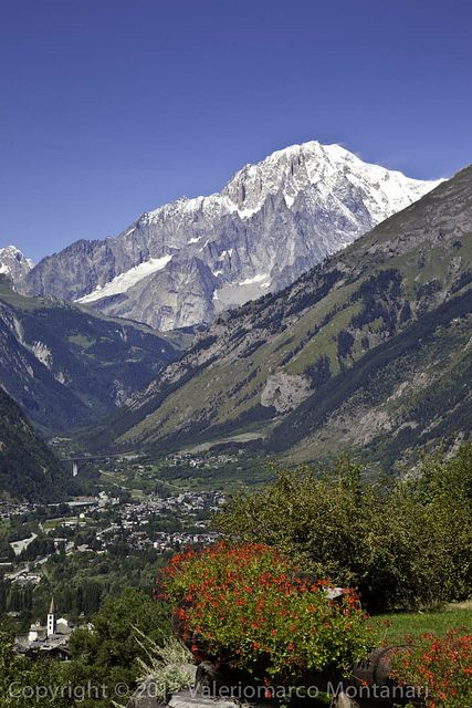 Monte Bianco, Aosta, Valle d'Aosta, Italy. One of the most beautiful places I've ever been!