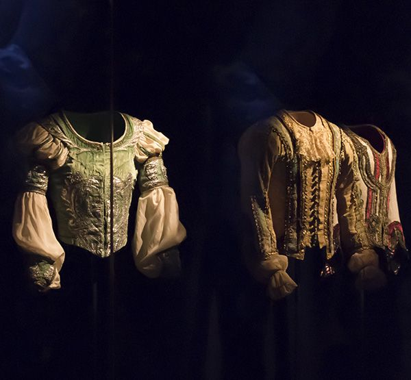 http://roxelle-club.com/fr/magazine/article/musee-du-costume-de-scene