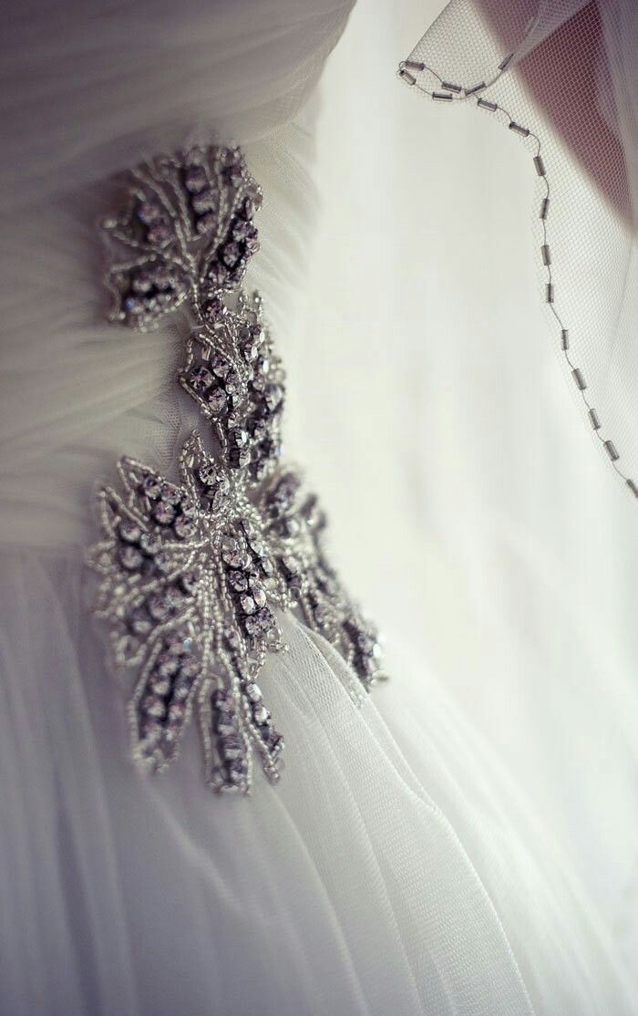 Pronovias bridal detail