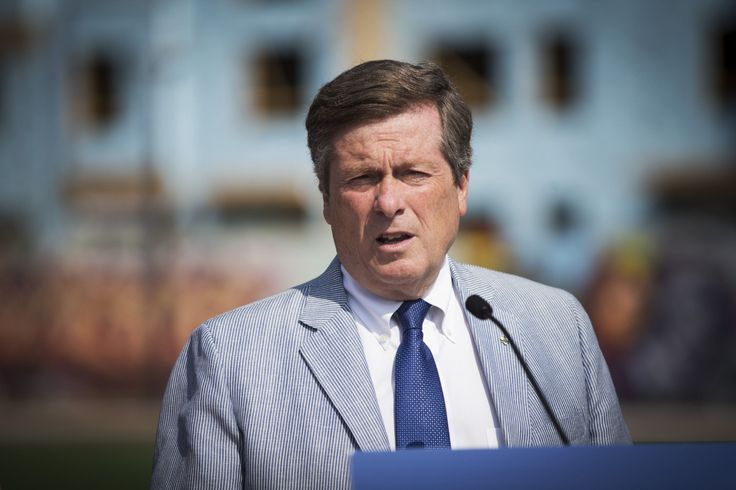 Mayor John Tory is to host a summit on housing where municipal leaders will demand that federal and provincial governments renew funding for geared-to-income housing.