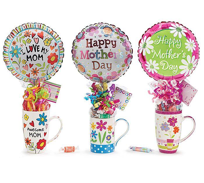 Mugs con caramelos y globos como regalo de Dia de La Madre. #DiaDeLaMadre