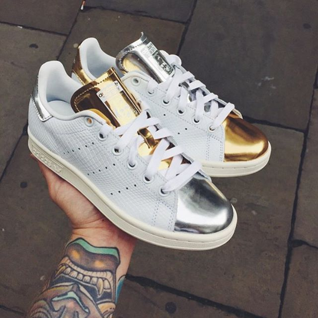 5bbbb59418d Adidas Stan Smith Gold/Silver   Sneakers   Shoes, Adidas shoes, Adidas