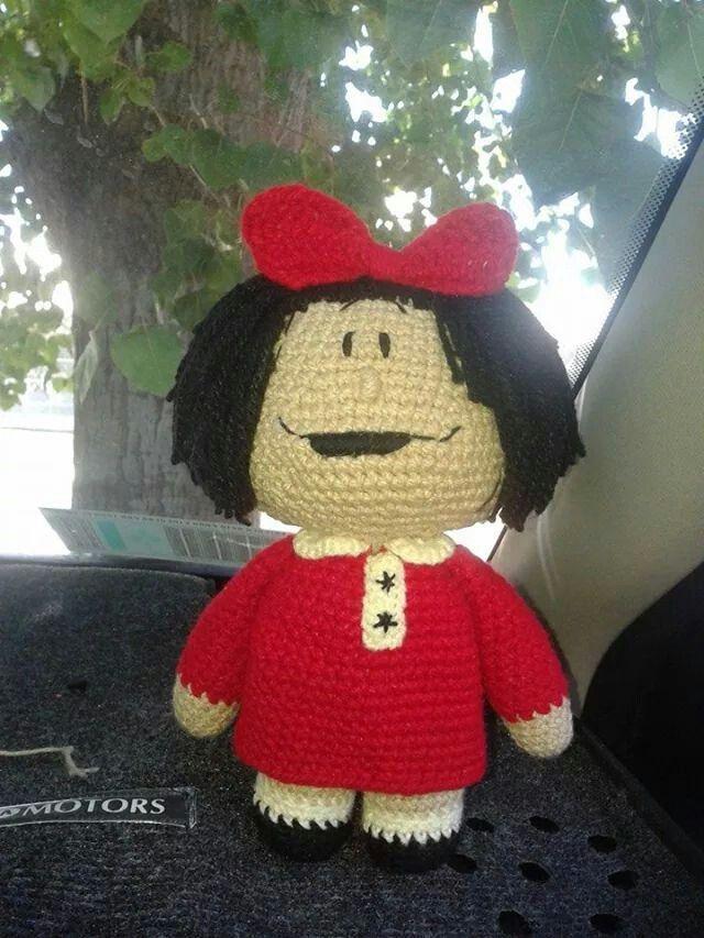 Mafalda crochet amigurumi