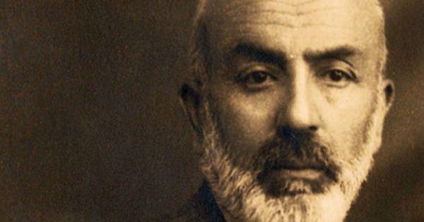 İstiklal Marşı'nın Şairi Mehmet Akif Ersoy'un Hüzünlü Hayatı #şiir #şair #yazar #istiklalmarşı #edebiyat #anı