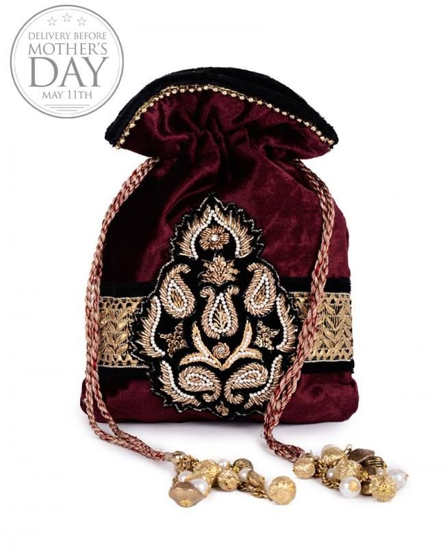 Batwa Purse Making : 1000+ images about Potli bag indian on Pinterest Beaded clutch ...