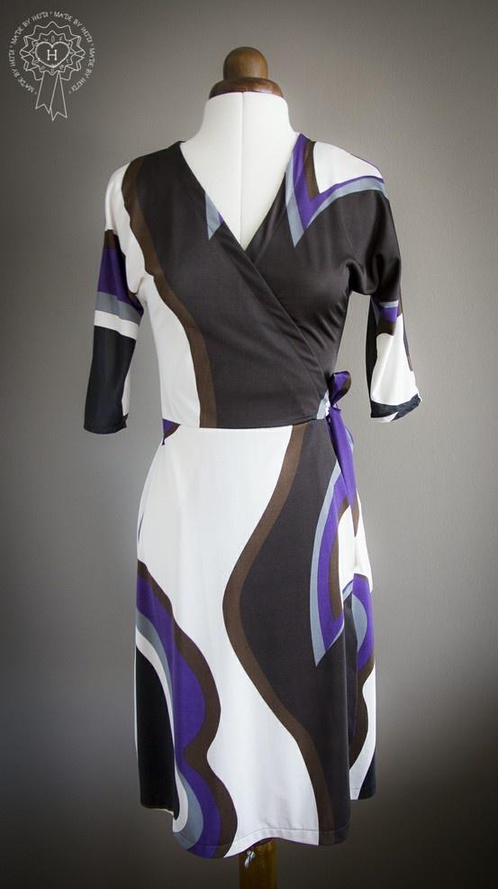 Kietaisumekko / Wraparound dress
