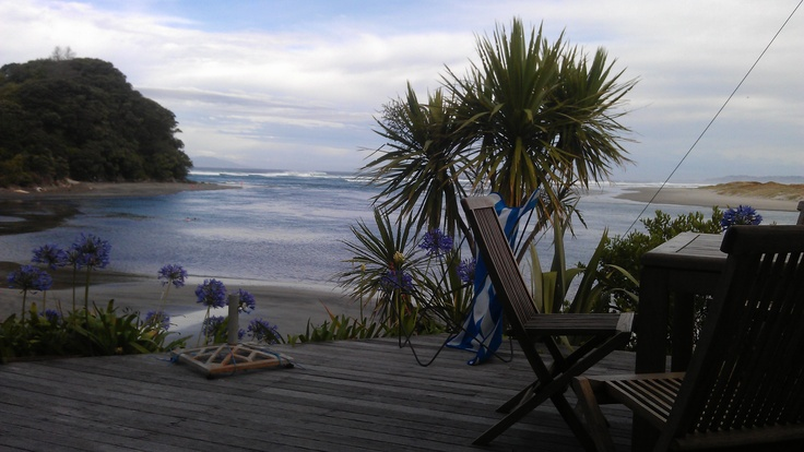 TO DO IN MATAKANA - Mangawhai Heads 45 minutes north of Matakana.  Great place for a day trip.  #matakana #beaches #auckland