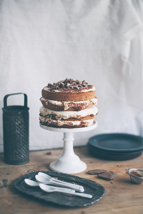 Naked cake = Tiramisu Cake by Call Me Cupcake via Somewhere Splendid.