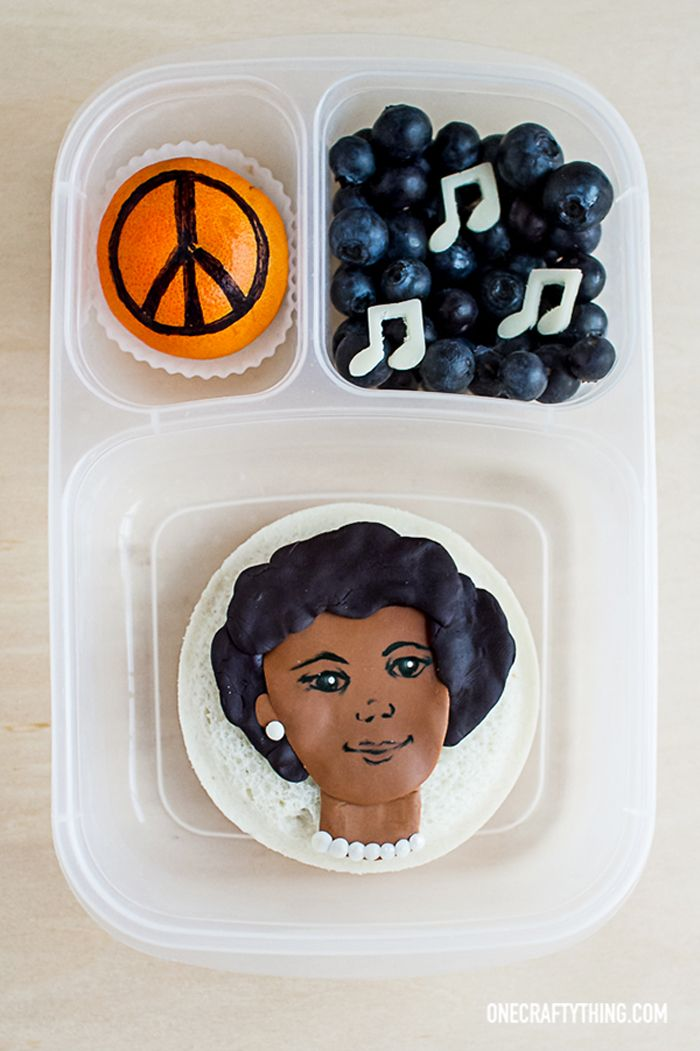 Amazing Women Series: Coretta Scott King Bento  | packed in an @EasyLunchboxes container