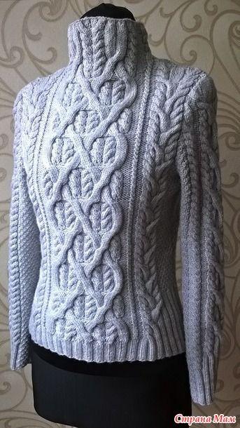 Вот на такой онлайн я наткнулась на осинке. Заинтреговала эта модель свитера меня и подумала, а не слабо ли мне его связать. Вообщем, решила я покорить и эту вершину аранов и кос.