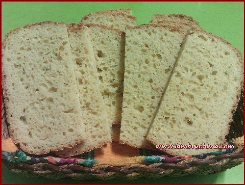 LAMBRUCHONA. Pan de harina de garbanzos en panificadora. Sin Gluten.