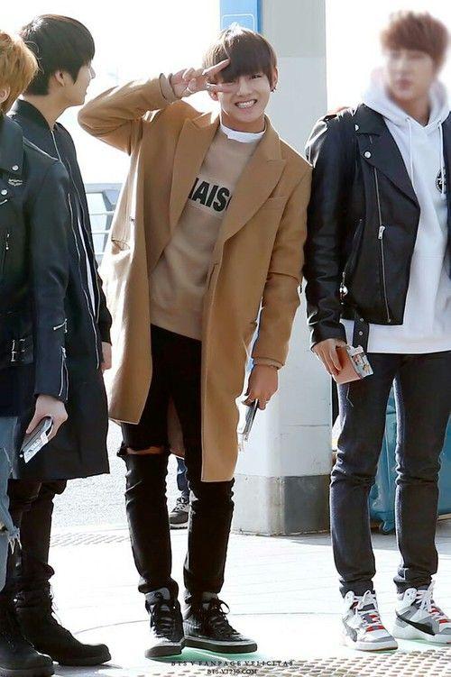 Taehyung Airport Soft V Bts Pinterest