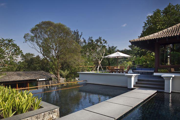 Jalan Kampun Chantek House in Singapore by BEDMaR & SHi Design Consultants