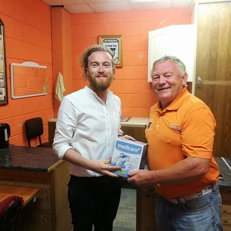 We were delighted to visit Southend United Fc this week to drop off 100 Cooling Gel Packs for their first aid kits! #Health #Sports #Waterford #soccer #Football #FirstAid