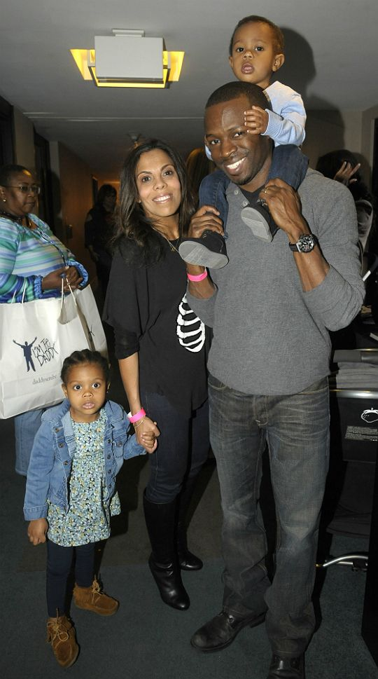 Sean Patrick Thomas and Family