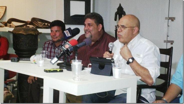 Oposición venezolana critica fuertemente anuncios económicos de Maduro - http://www.leanoticias.com/2016/02/19/oposicion-venezolana-critica-fuertemente-anuncios-economicos-de-maduro/