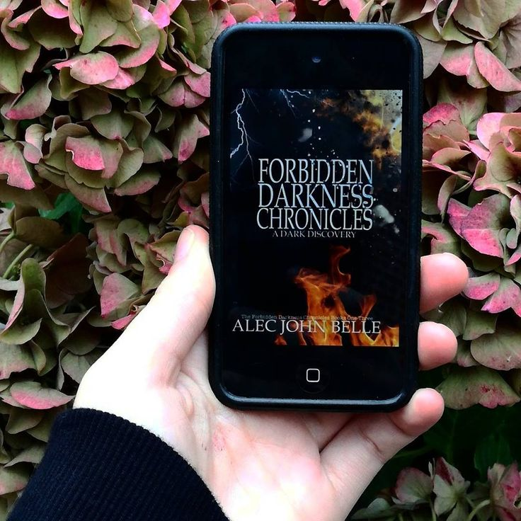 ✨NEW REVIEW✨ Happy release day to The Forbidden Darkness Chronicles: A Dark Discovery by @alecjohnbelle ⚡ For those interested: my review is up on my blog, link in bio!  ~ { #theforbiddendarknesschronicles #alecjohnbelle #theforbiddendarknesschronicles adarkdiscovery #arc #bookstagram #blogger #review }