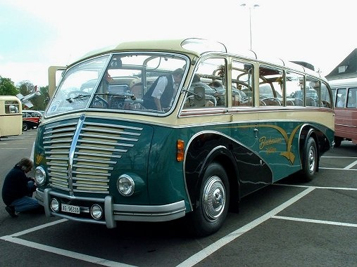Saurer 3C-H - tour bus when tour buses were actually worth riding in..