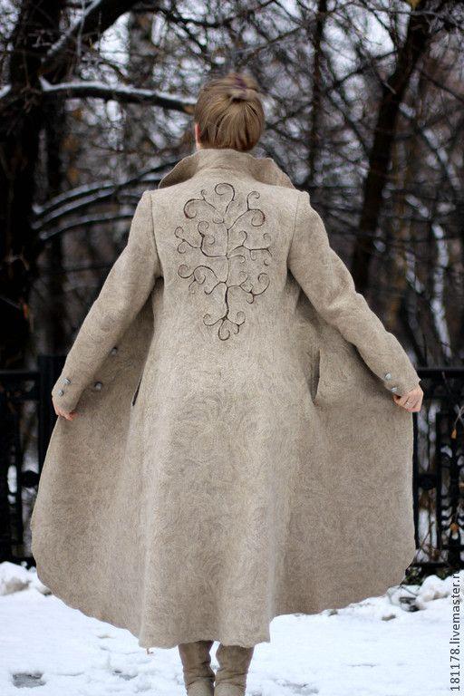 """Купить Пальто """"Древо жизни"""" - бежевый, песочный, Бежевое пальто, классическое пальто, золотистый"""