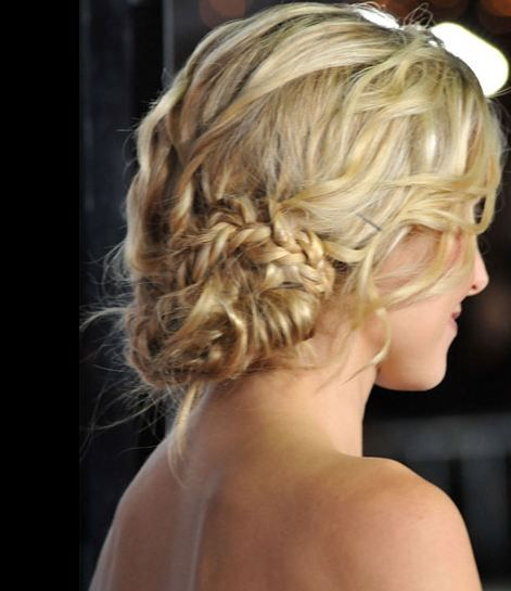 more braids: Best Prom Hairstyles, Prom Hairstyles Hairstyles, Braids Updo, Long Hair, Pretty Braids, Hair Style, Soft Curls, Low Buns, Cute Hairstyles