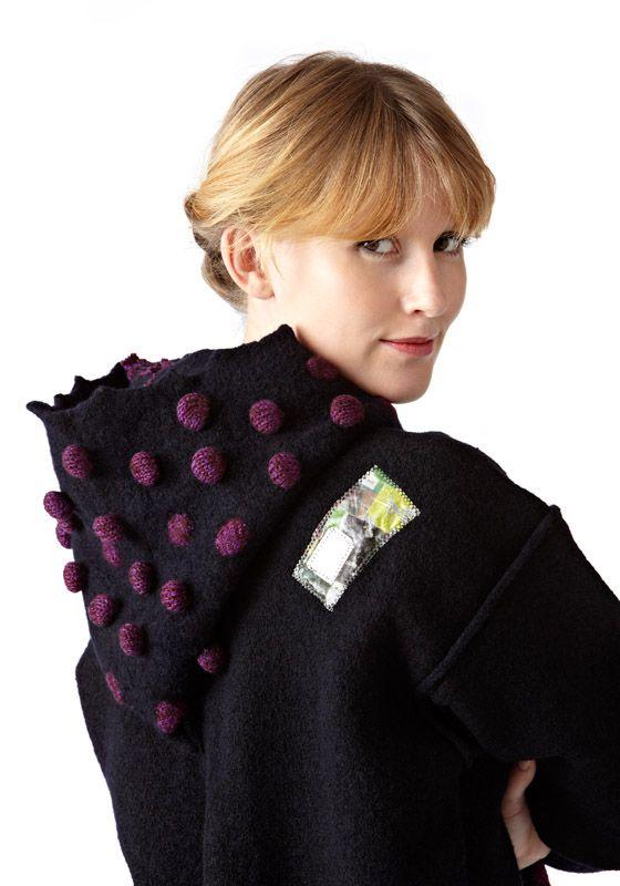 Hættetrøje - knitted, felted and print.