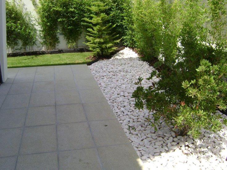 seixo para jardim em belem: de seixo rolado Estremoz para projecto de um jardim numa moradia em