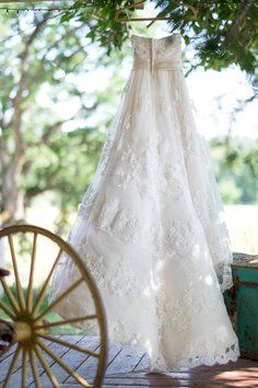 The 25 best recycled bride ideas on pinterest wedding dress casablanca 1900s 1225188 wedding dress casablanca 1900s 1225188 wedding dress on tradesy weddings formerly junglespirit Gallery
