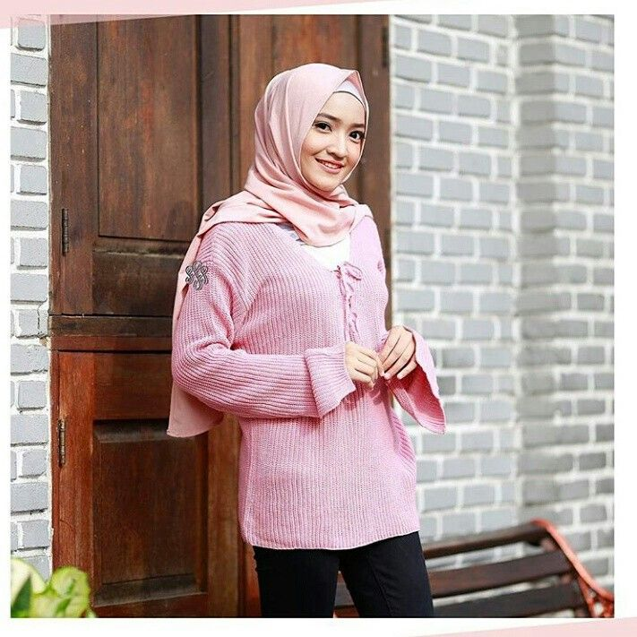 ✨Kode barang : Premium Ropper Sweater Pink ✨Price: 95k ✨Material: Premium Catton Knitt Import