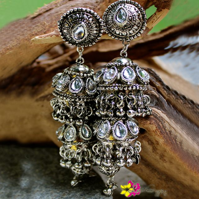 Wear one of our summer collections the Sohana Earrings for only $26.00 shop now at http://www.luvgypsy.com/collections/earrings/products/sohana?variant=896104407 #HappyWednesday #Earrings #Sohana #Hour #Gypsy #Luvgypsy #Boho #TribalJewelry #Vintage #Bohemian #Silver #Beachwear #Hippie #HippieStyle #Vintage #Dangles #Fashion #Wanderlust #StatementJewelry #TreasureHunt #Hippie #LuvGypsy #IndianTreasures #Tibet #Tribal #Crystal #SummerJewelry #Fashion #In #Trend #Summer