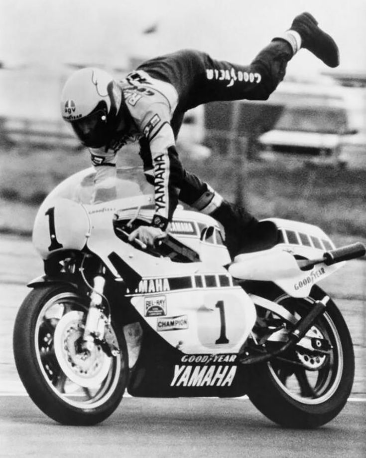 Racing Cafè: Photo #545 - Kenny Roberts